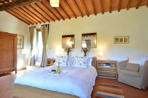 Agriturismo l agrifoglio tuscany - holiday in gaiole in chianti - siena - tuscany italy